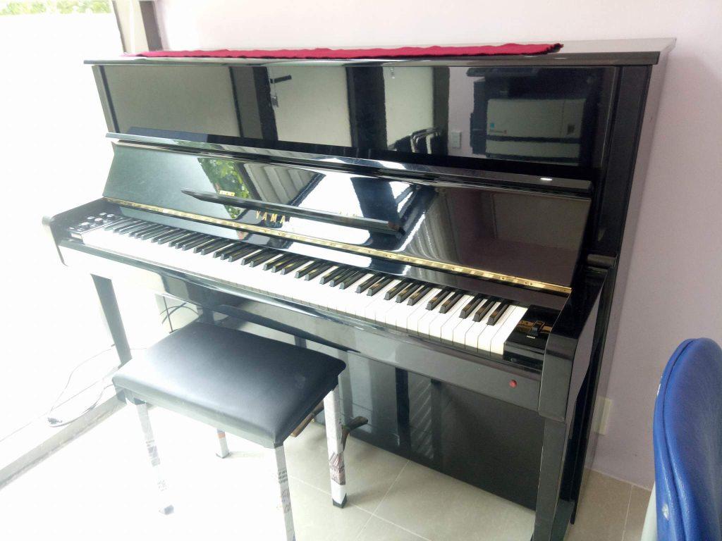 đàn piano điện yamaha E502