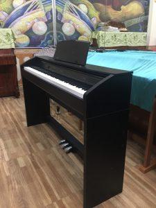 dan-piano-casio-px-760