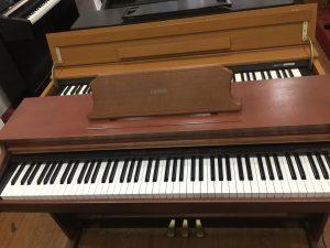 dan-piano-dien-columbia-ep-135